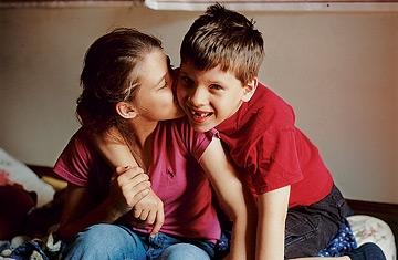 360_autism_siblings_1221
